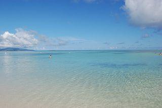 コンドイビーチ。海は青い